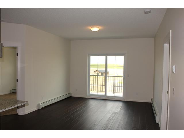 # 1402 279 Copperpond Cm Se - Copperfield Lowrise Apartment for sale, 2 Bedrooms (C3527666) #2
