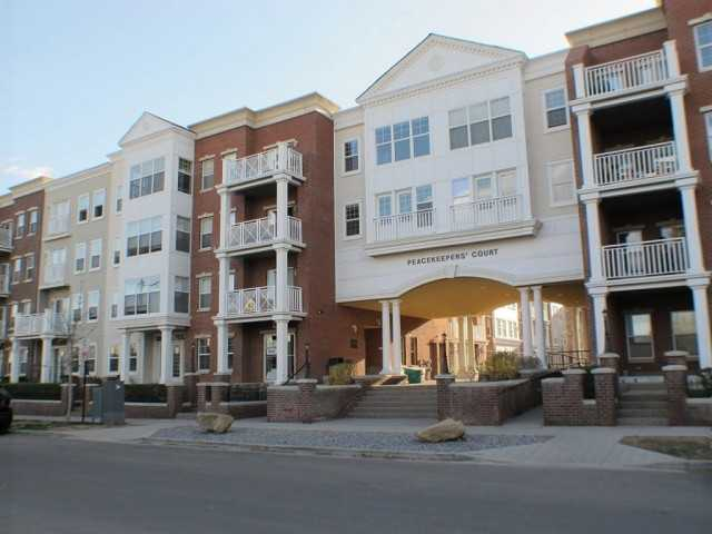 # 1301 5605 Henwood St Sw - Garrison Green Lowrise Apartment for sale, 1 Bedroom (C3570075) #1